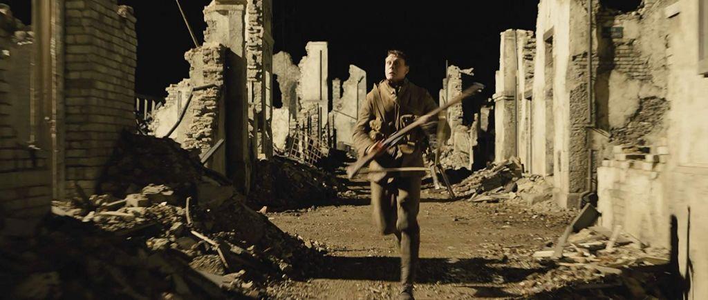 1917 é um filme de guerra que carrega a urgência de um mundo em silêncio 2