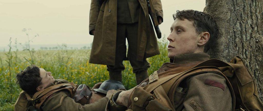1917 é um filme de guerra que carrega a urgência de um mundo em silêncio 1